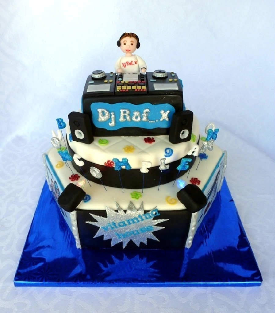 Dj Cake With Lights Cakecentral