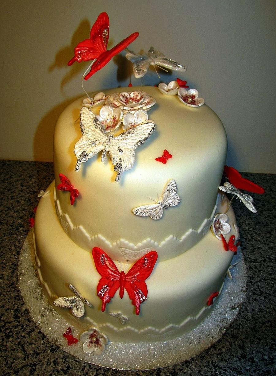 Birthday Cake Black And White Red Flowers