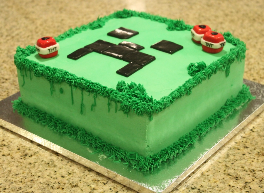 Fantastic Minecraft Creeper Cake Cakecentral Com Personalised Birthday Cards Paralily Jamesorg
