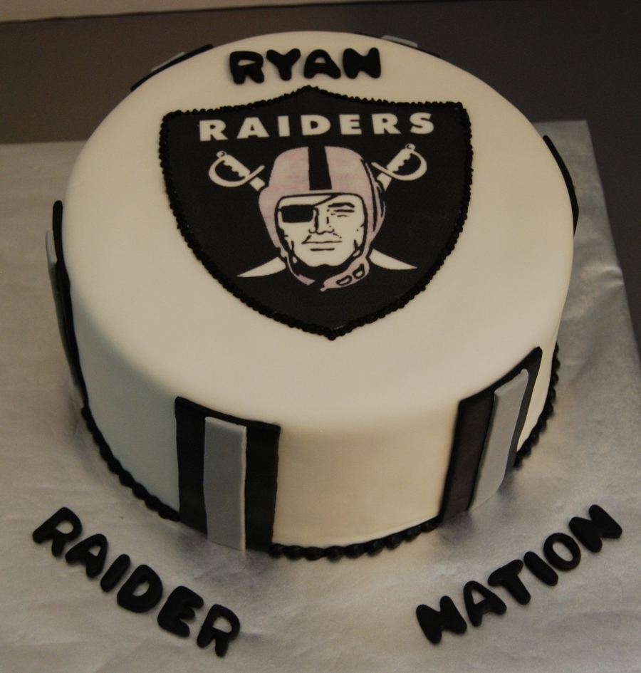 Raiders Birthday Cake Cakecentral Com