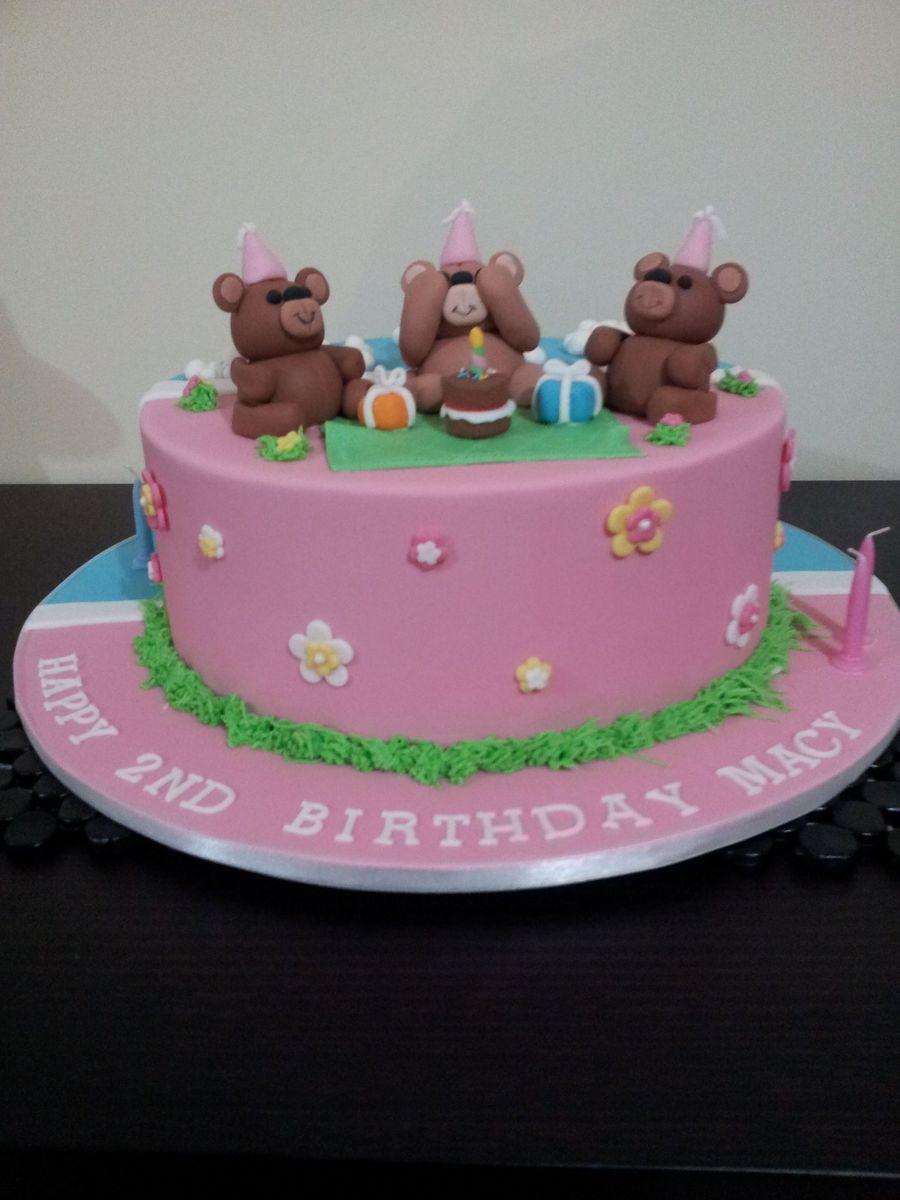 Boy Girl Twin Birthday Cake With Teddy Bears And Thomas The Tank