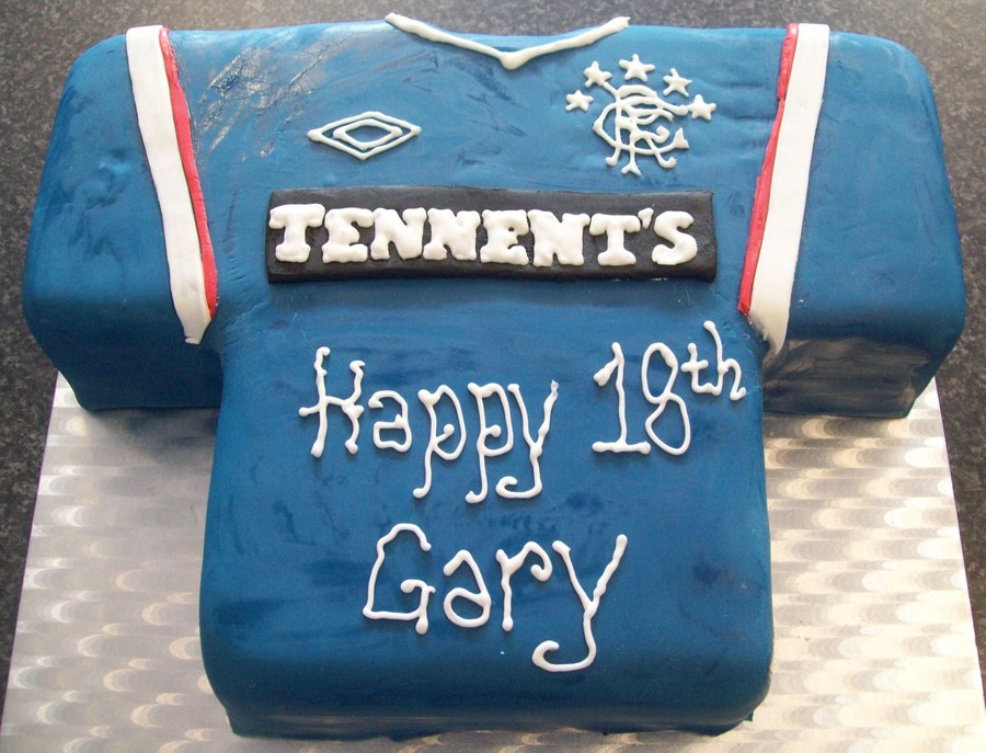 Cake Decorating Football Shirt : Glasgow Rangers Football Shirt Birthday Cake - CakeCentral.com