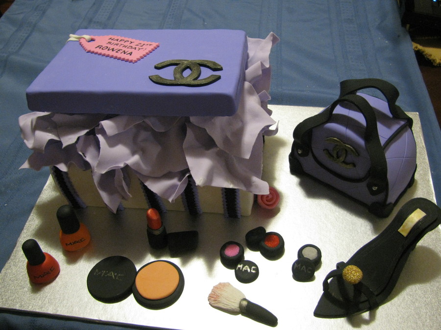 Chanel Bag And Make-Up on Cake Central