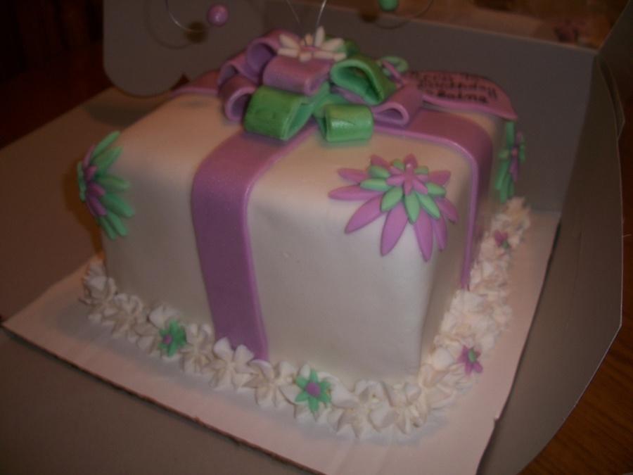 Present Birthday Cake CakeCentralcom