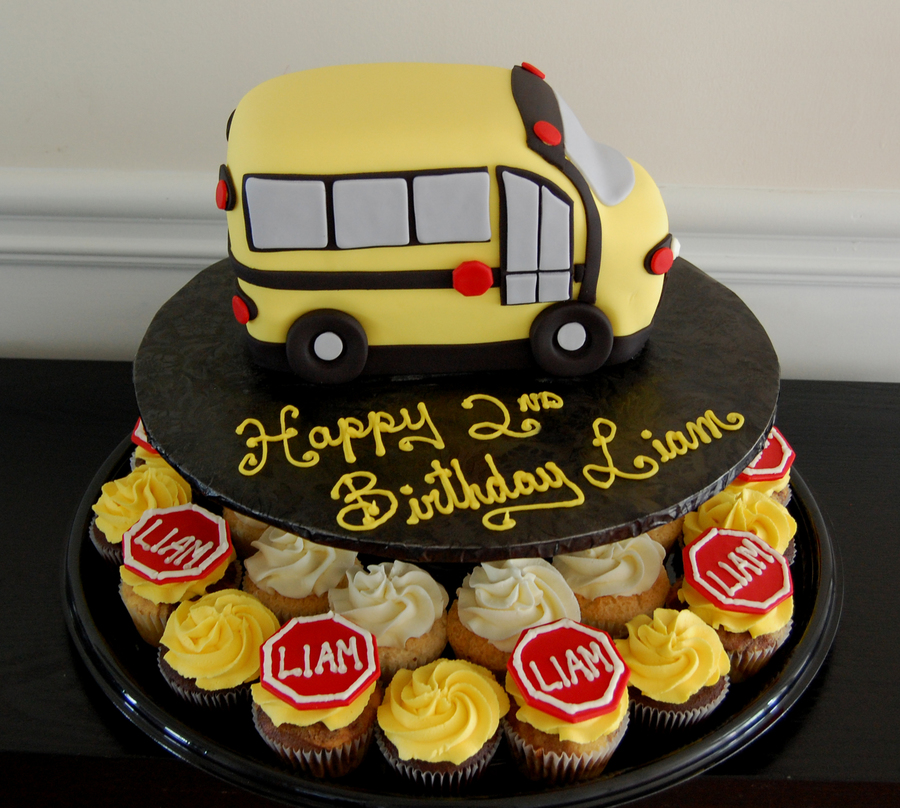 School Bus Cake And Cupcakes on Cake Central