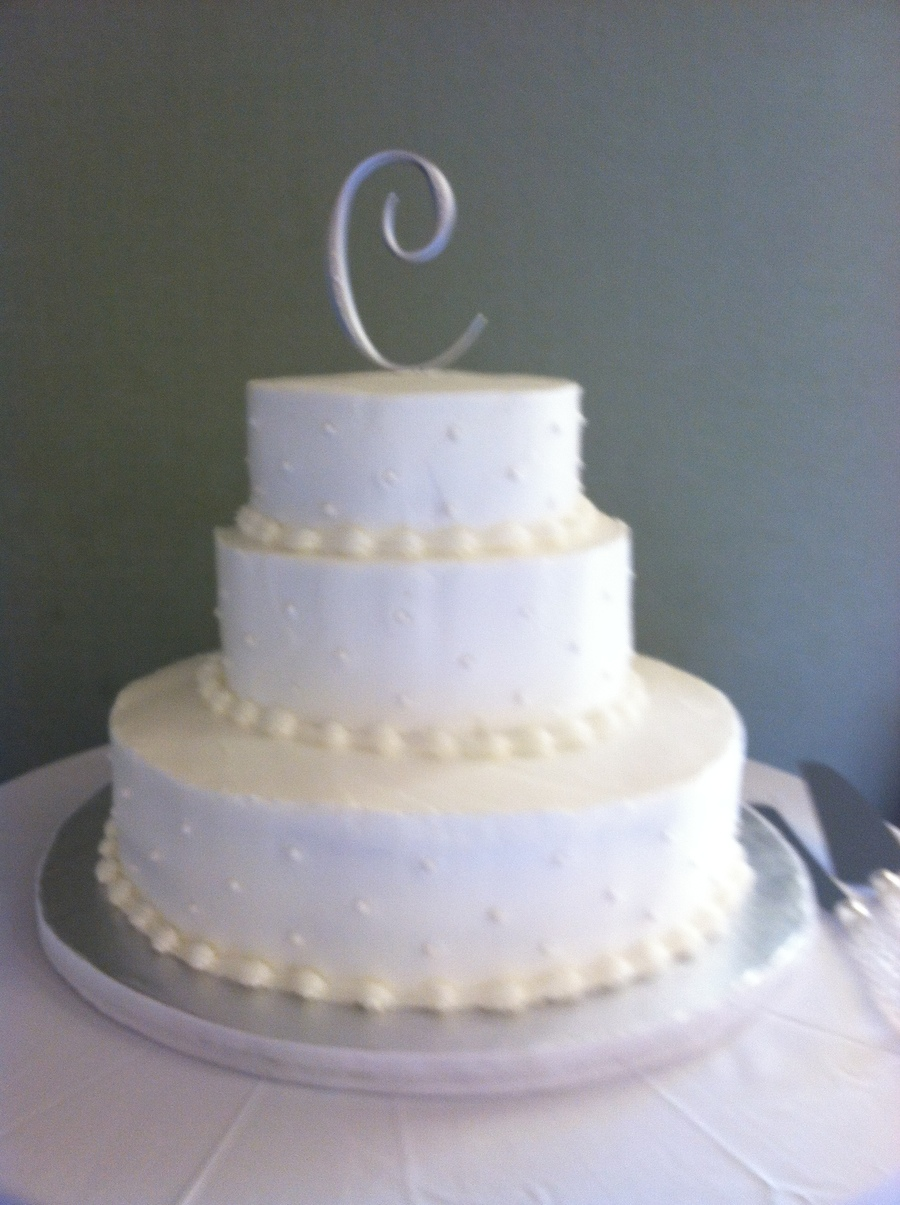 Simple Butter Cream Over French Vanilla Piped Edges And Pearl Accents on Cake Central