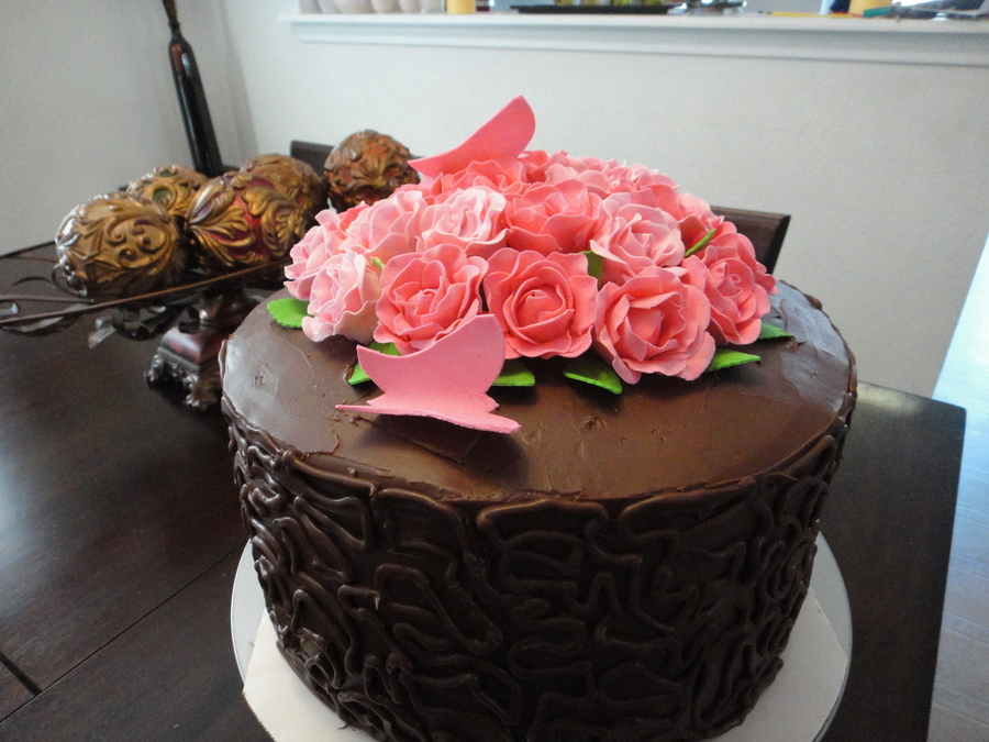 Rose's Ganache Chocolate Cake on Cake Central