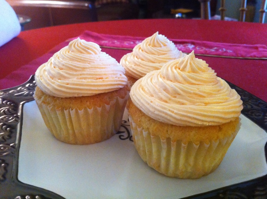 Orange Dreamsicle Cupcake on Cake Central