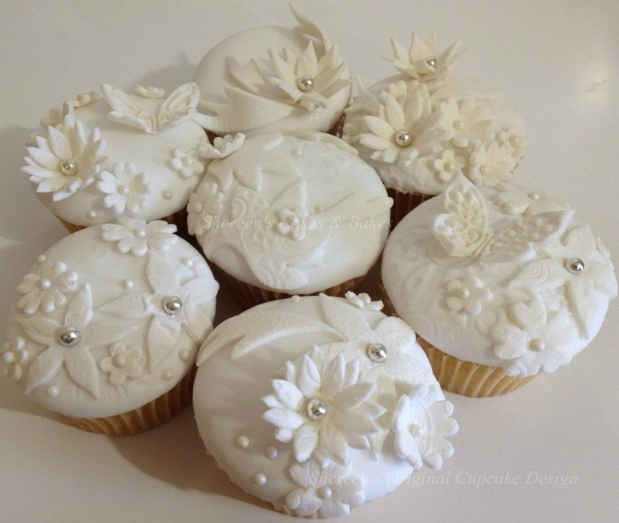 Lace Effect Cupcakes on Cake Central