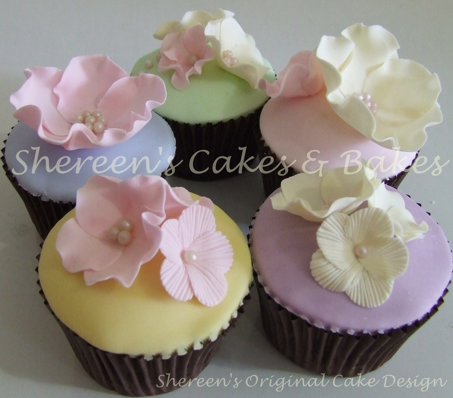 Pastel Cupcakes on Cake Central