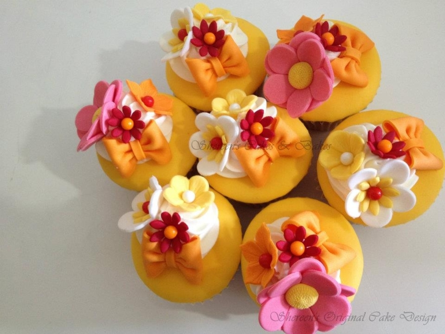 Summer Cupcakes  on Cake Central