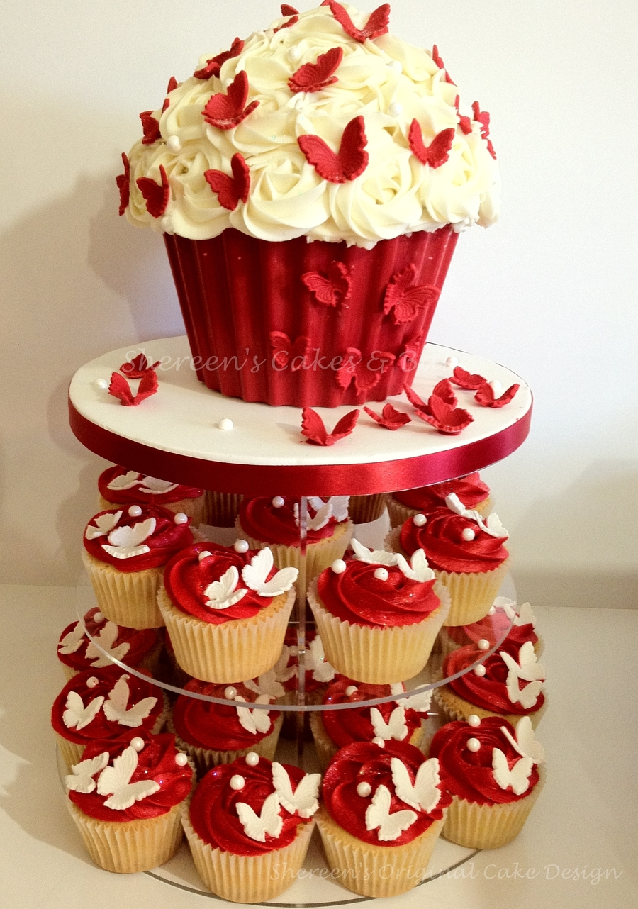 Giant Cupcake Tower Cakecentral Com