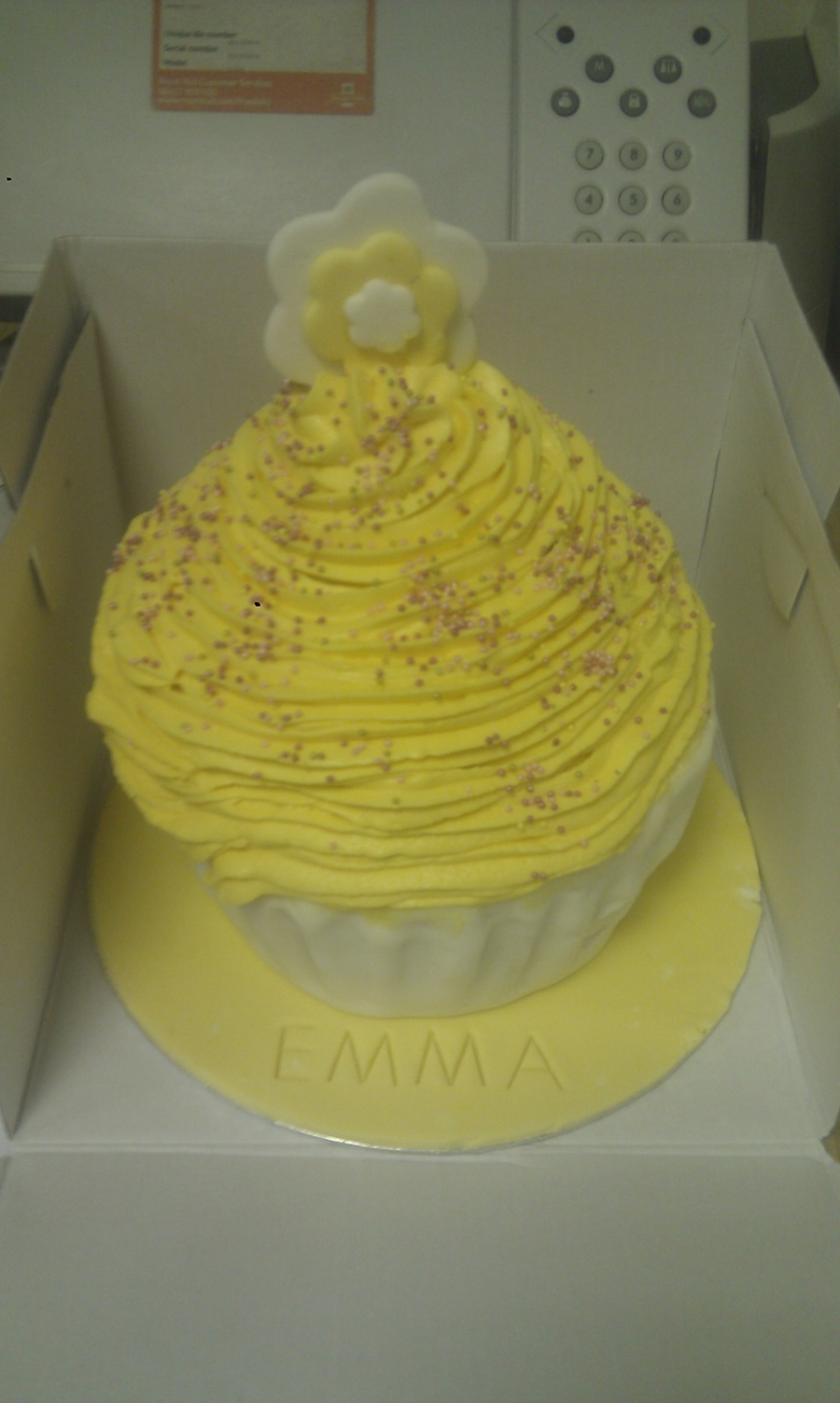 Very Lemon Jumbo Cupcake on Cake Central