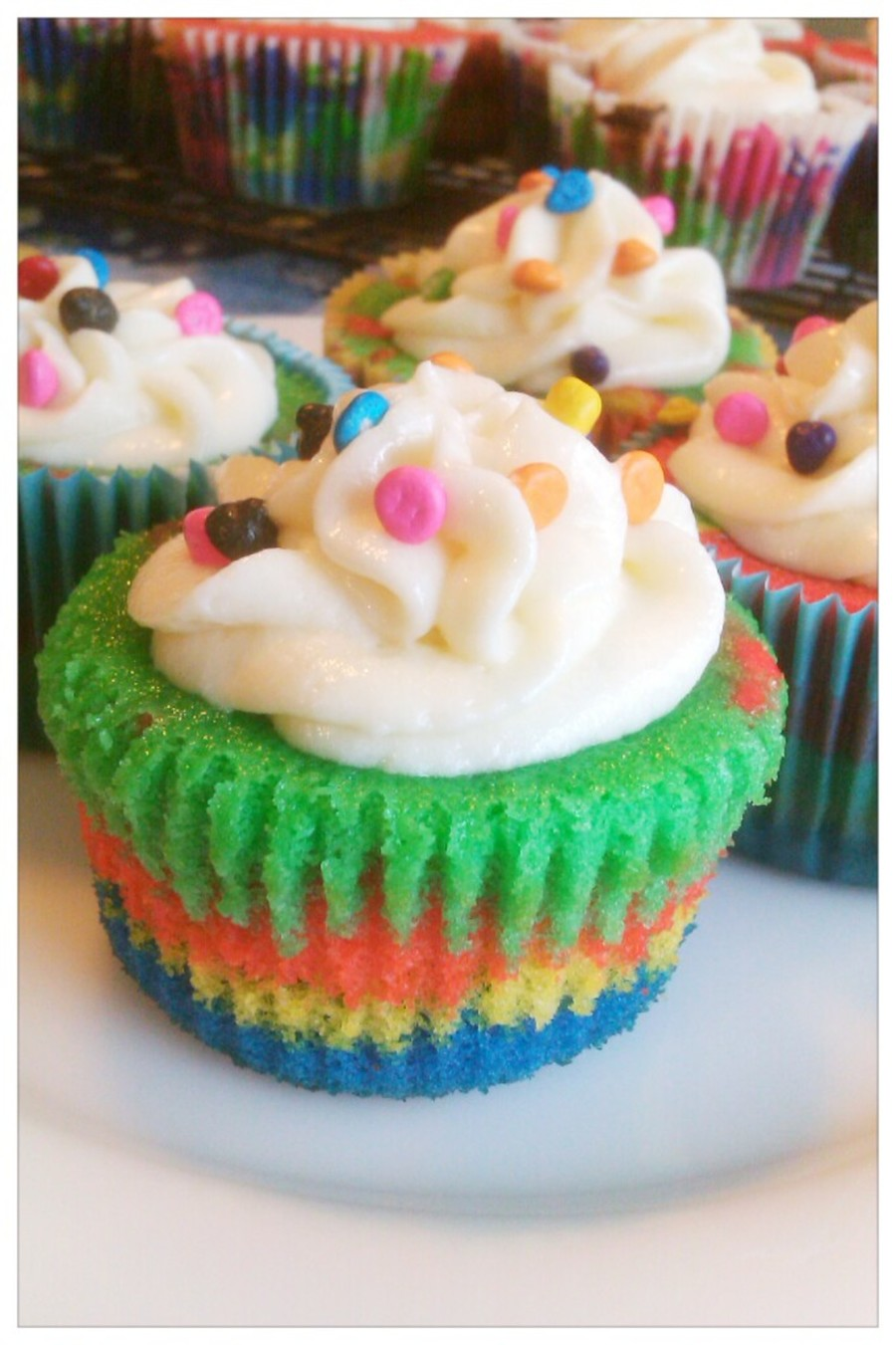 Colorburst Cupcakes on Cake Central