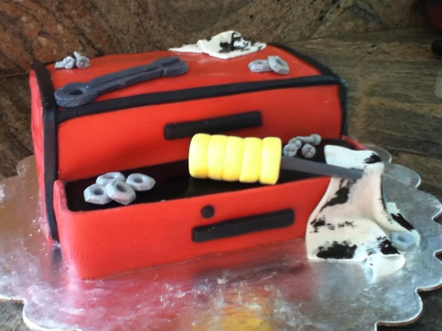 Tool Box Cake on Cake Central