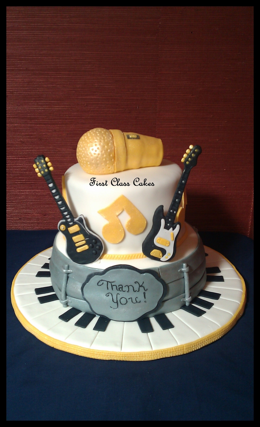 Cake Decorations Musical Instruments : Musical Instruments Cake - CakeCentral.com