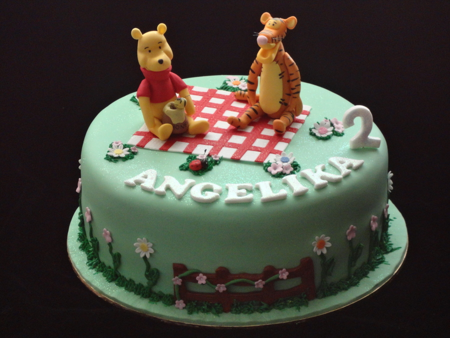 Winnie The Pooh And Tigger on Cake Central