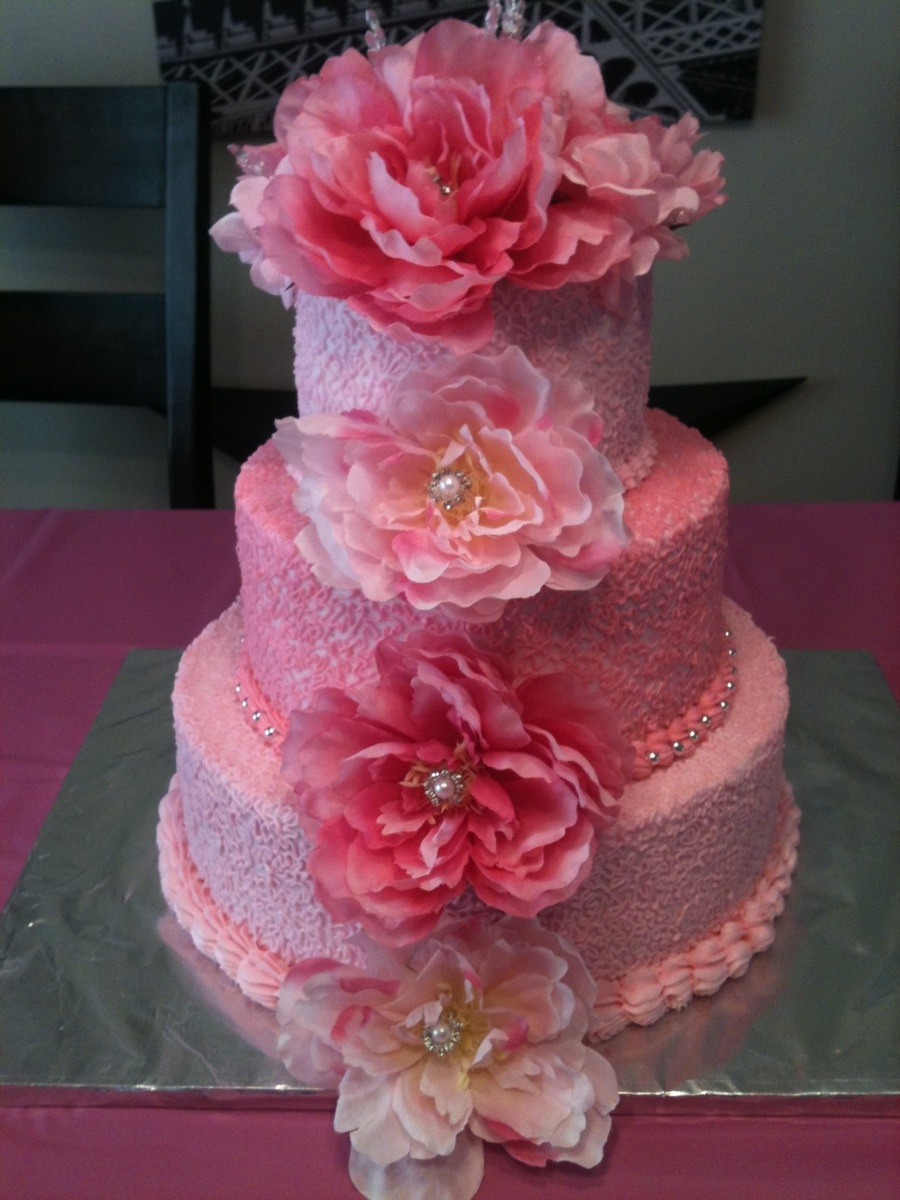 Daughters 18Th Pretty In Pink Birthday Cake CakeCentralcom