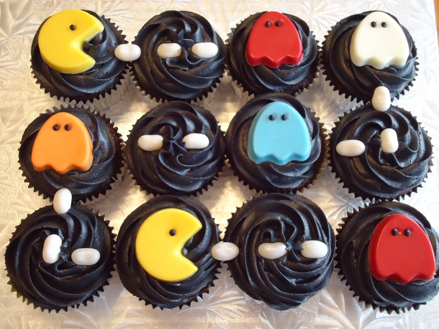 Pac-Man Cupcakes  on Cake Central
