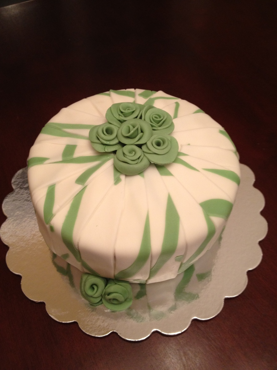 Green And White Cake With Roses on Cake Central