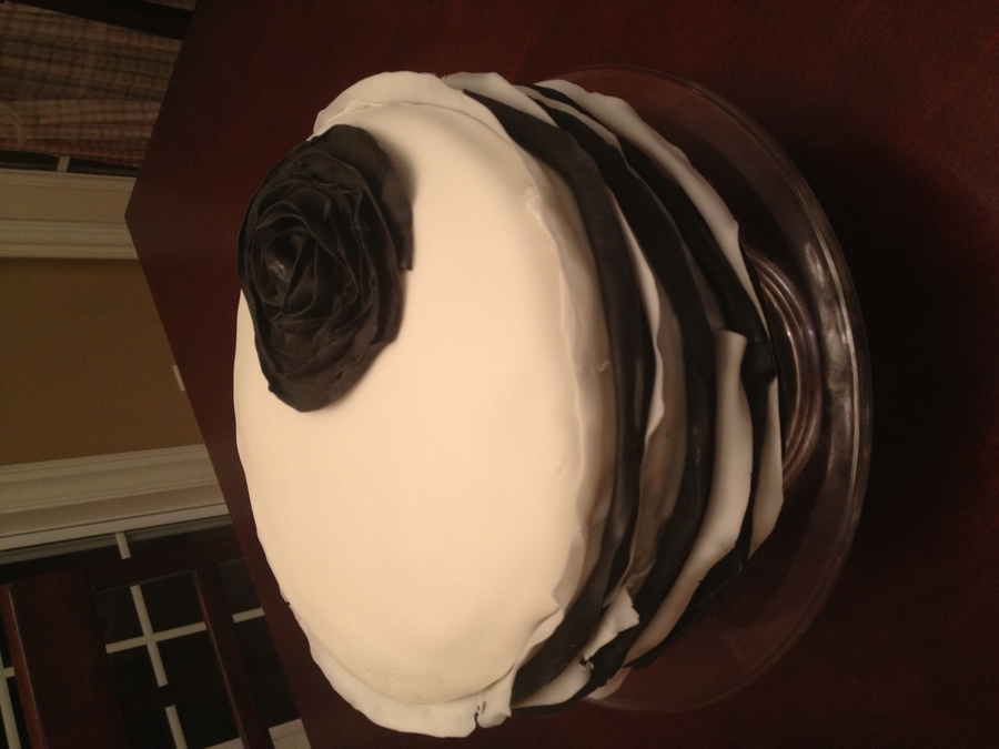 Black And White Ruffle With Ruffle Rose on Cake Central