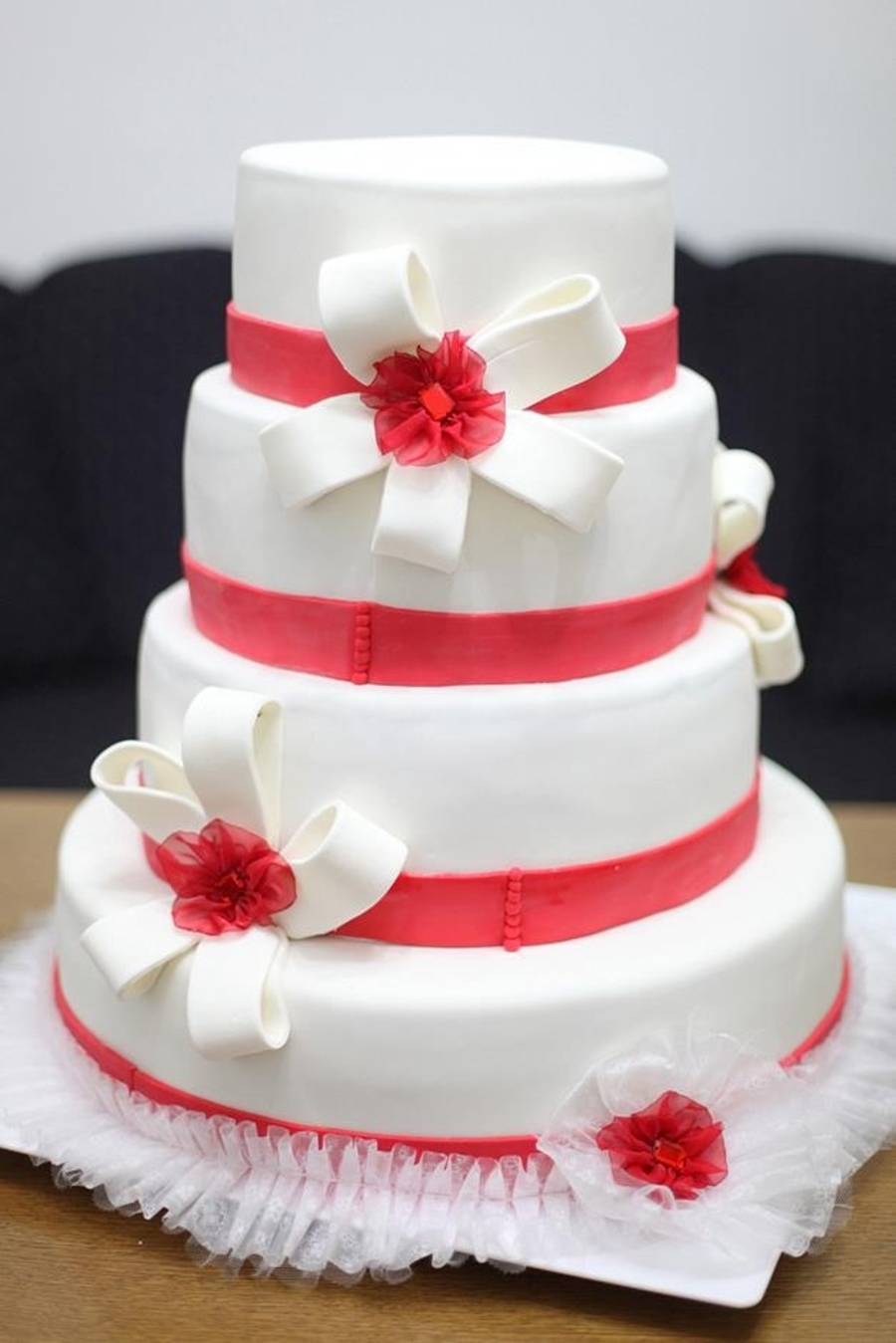 Red And White on Cake Central