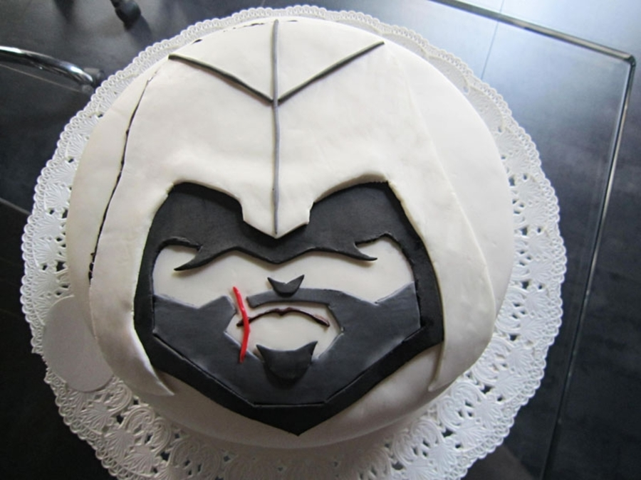 Cake Design Assassin S Creed : Assassin s Creed Cake - CakeCentral.com