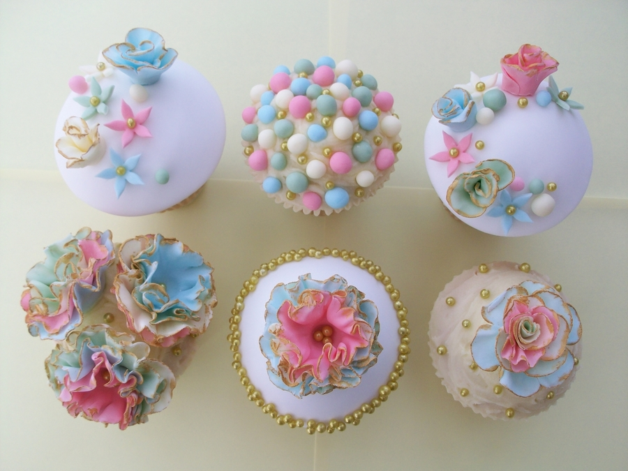 Vintage Wedding Cup Cakes  on Cake Central