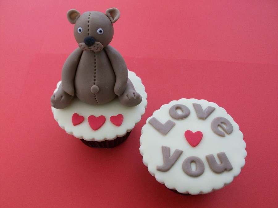 Happy Valentine's Day Xx on Cake Central