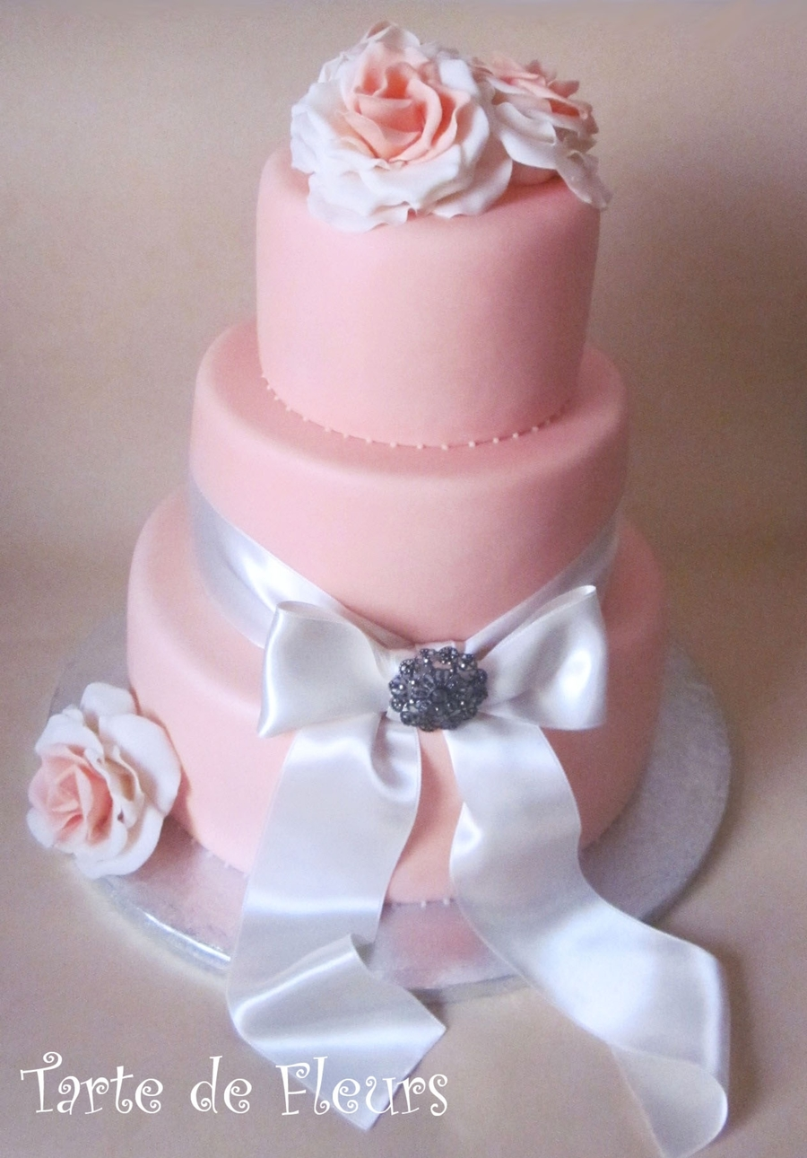 Roses And Ribbon on Cake Central