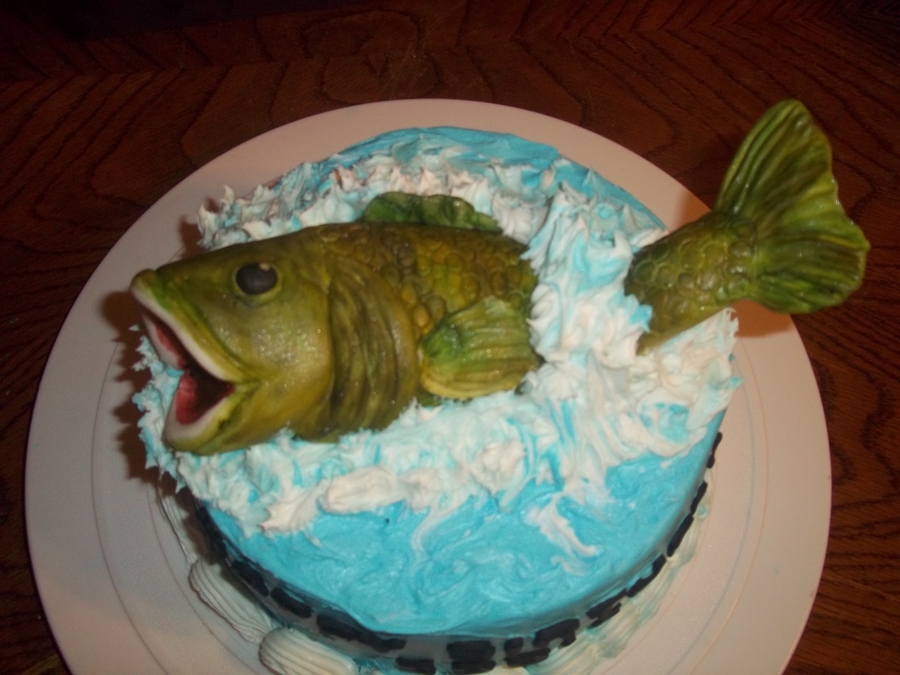 Splashing Fish Birthday Cake CakeCentralcom