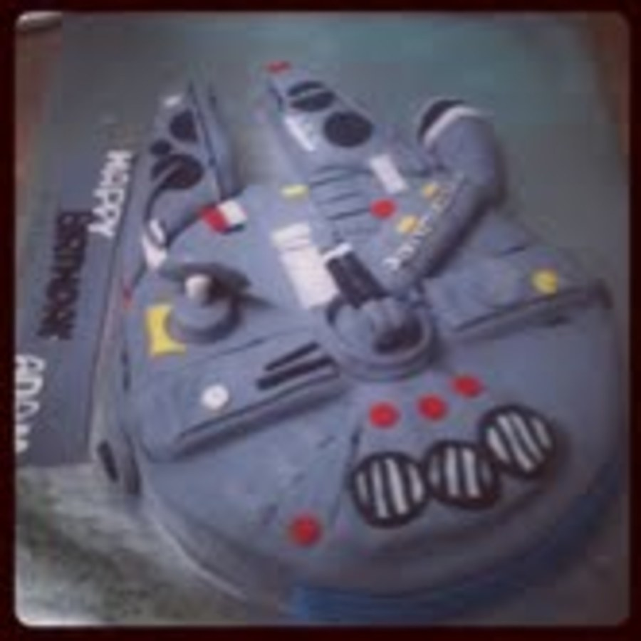 Millenium Falcon Cake on Cake Central