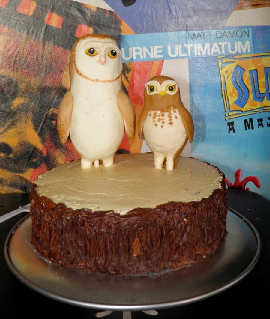 Legend Of The Guardians - Owls On Tree Stump on Cake Central