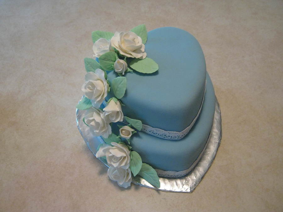Blue Cake With White Roses CakeCentralcom