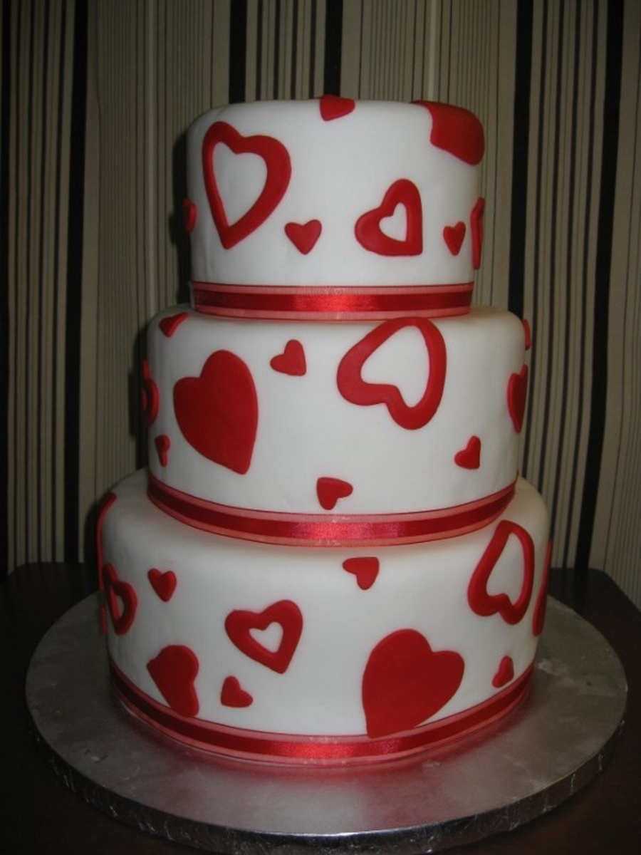 Red Hearts on Cake Central