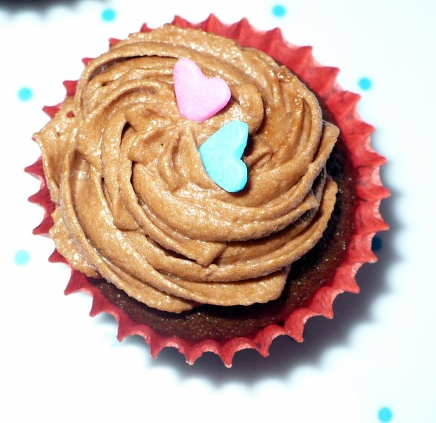 Cupcake Heart on Cake Central
