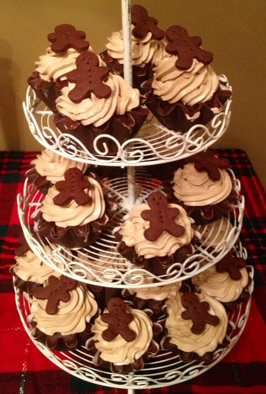 Chocolate Gingerbread Cupcakes on Cake Central