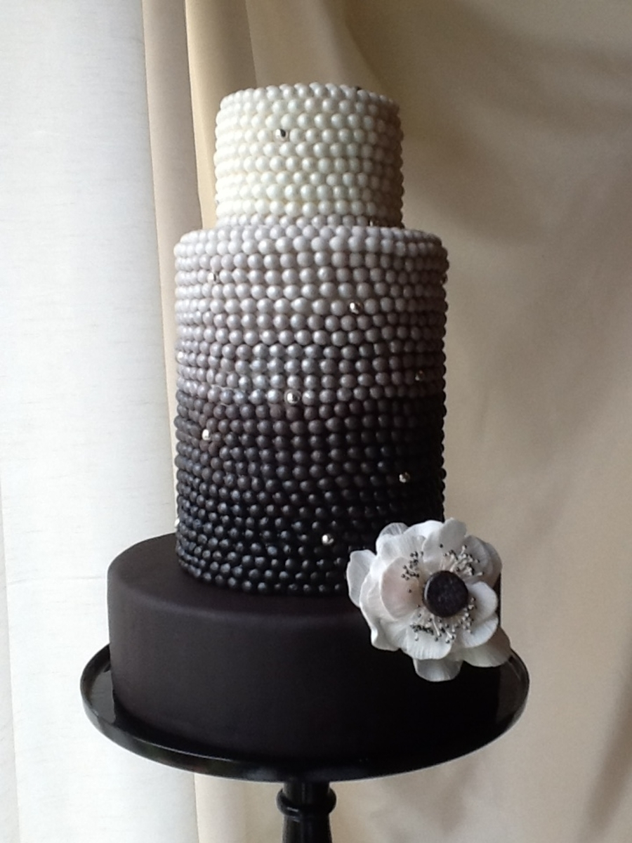 Pearl Ombre' With Anenome By The Vagabond Baker on Cake Central