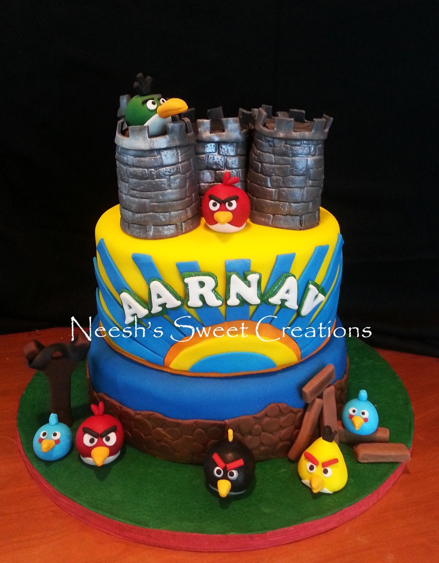 Amazing Angry Birds Cake For A 4 Year Old Boy Who Loves Bright Colors Funny Birthday Cards Online Sheoxdamsfinfo