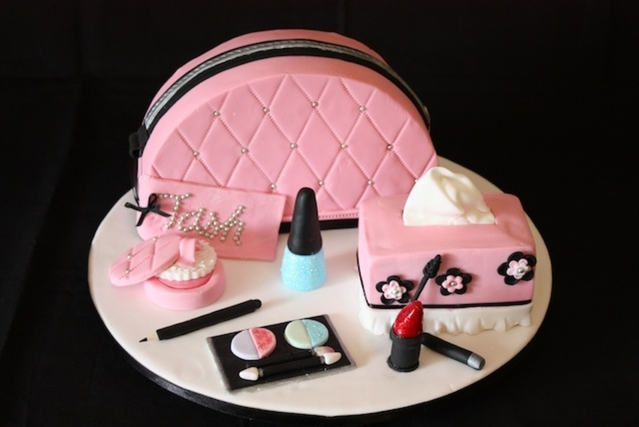 Make-Up Bag Cake And Make-Up on Cake Central
