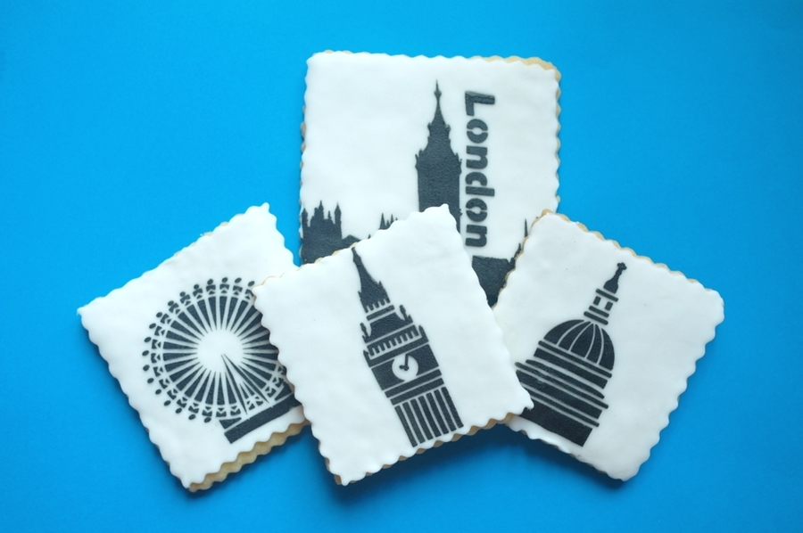 London Icons Cookies on Cake Central