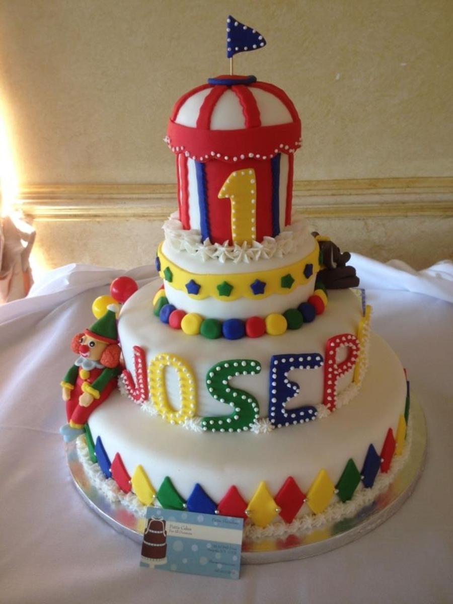 Extreme Birthday Cakes