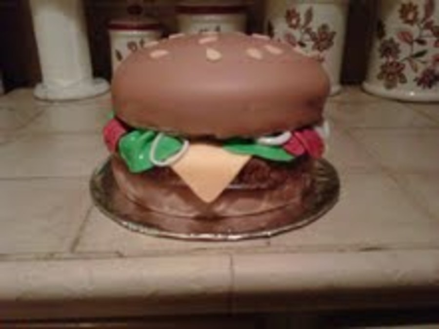 Burger Yum! on Cake Central