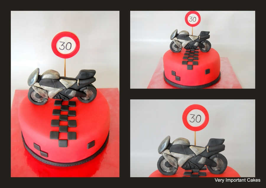 Motorcycle on Cake Central