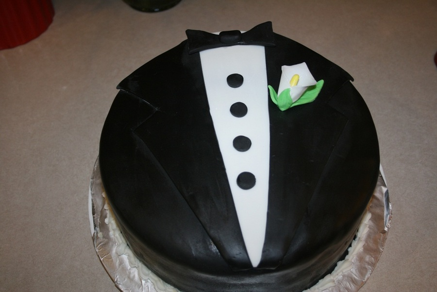 Tuxedo on Cake Central