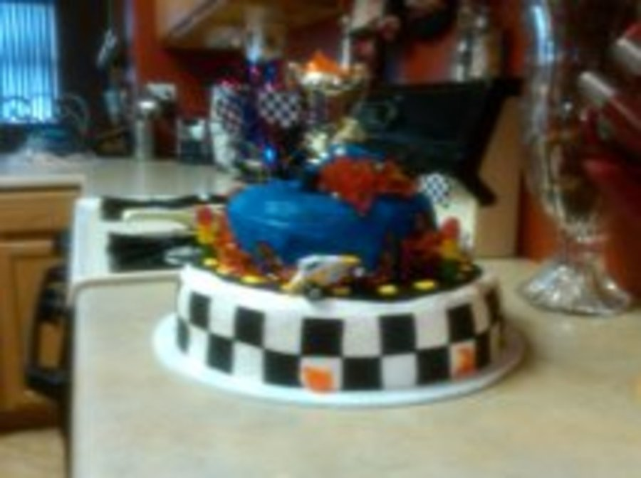 Race Car Cake on Cake Central