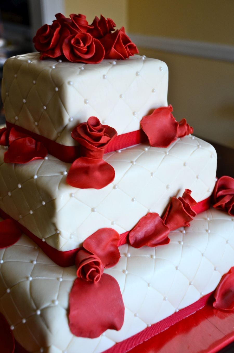 red and white wedding cakes with roses wedding cake cakecentral 19104
