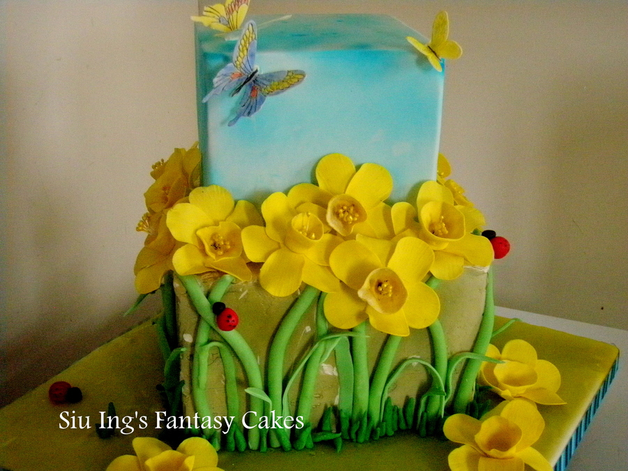 Daffodil Cake on Cake Central