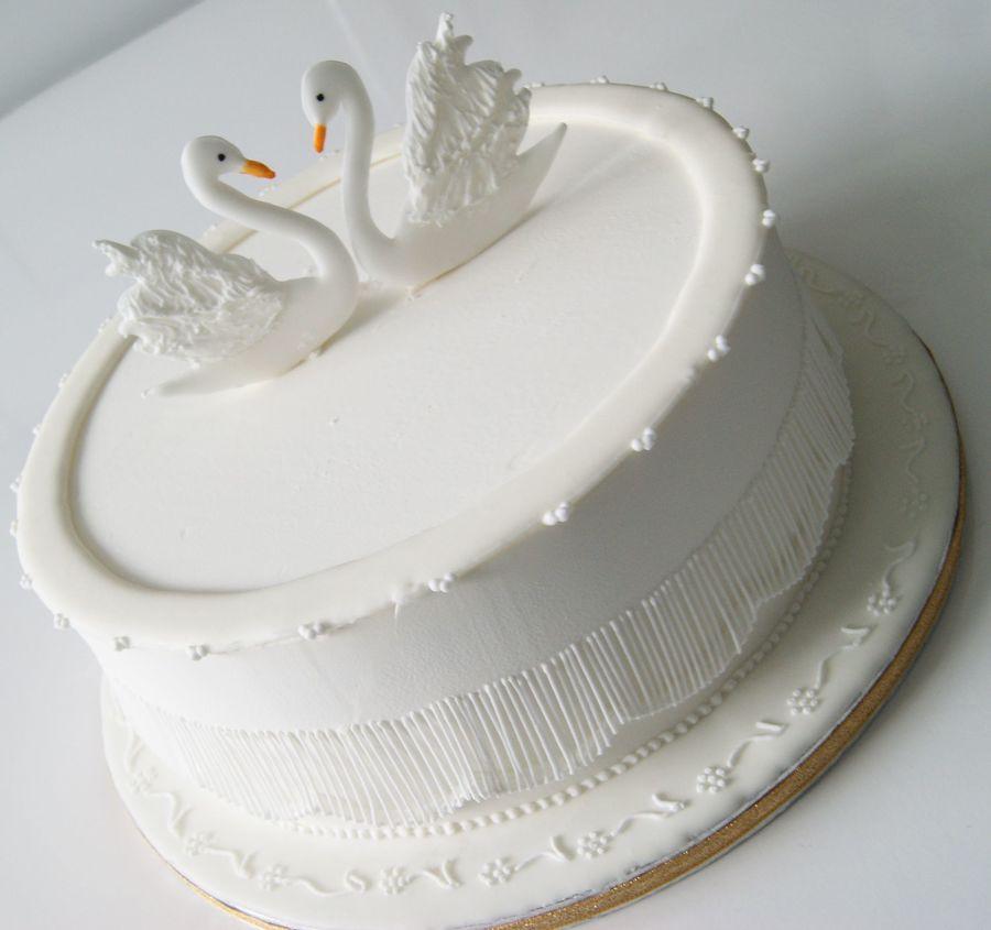 Swans Cake Cakecentral Com