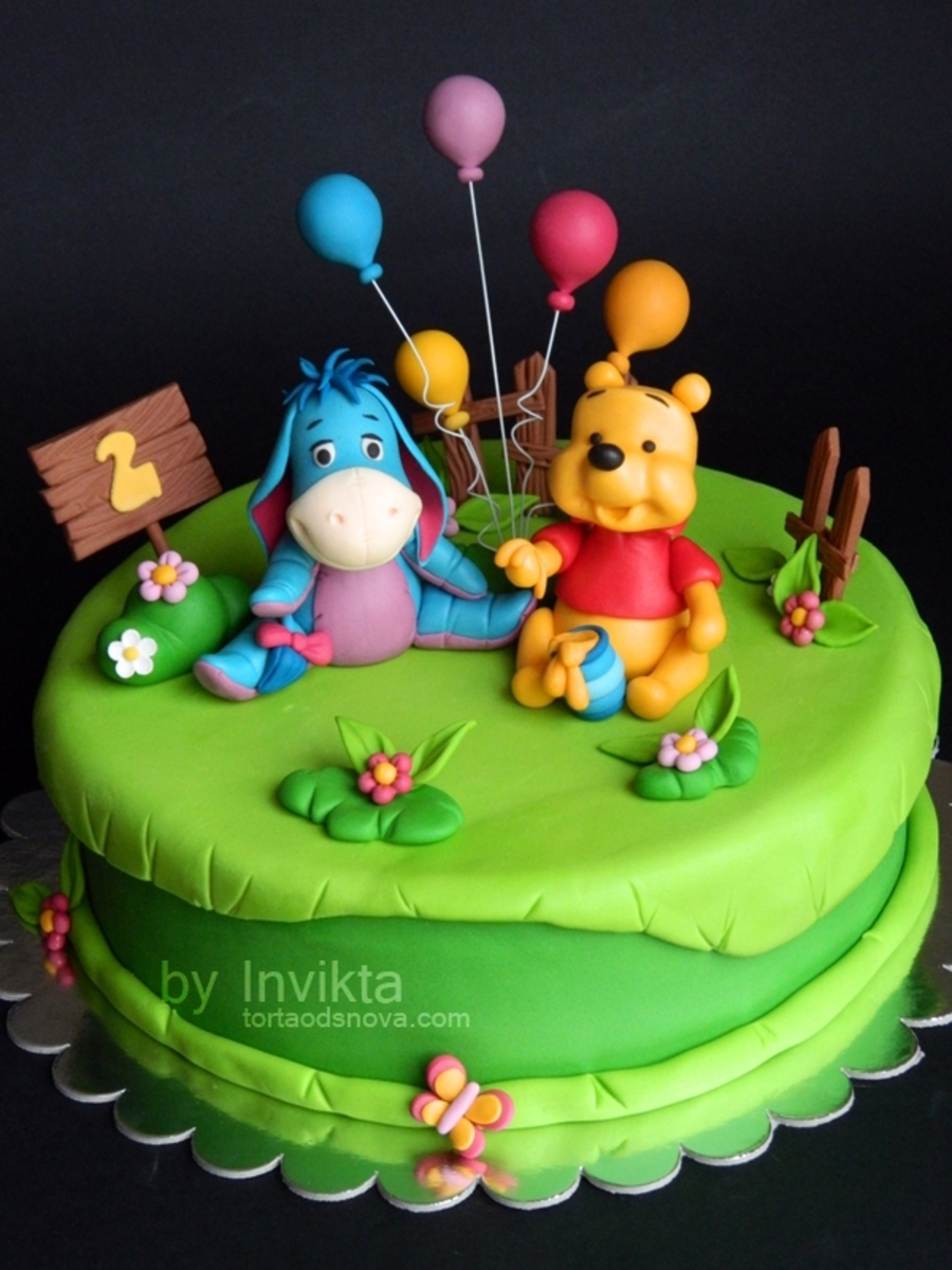 Pooh Birthday Cake Design : Winnie The Pooh Birthday Cake - CakeCentral.com